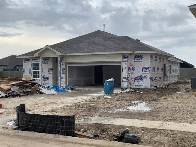 4706 Painted Bunting Lane, Baytown, TX 77521 (MLS #51371190) :: Connell Team with Better Homes and Gardens, Gary Greene
