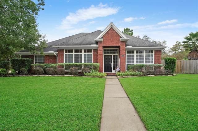 1212 Blueberry Lane, Friendswood, TX 77546 (MLS #51387792) :: Ellison Real Estate Team