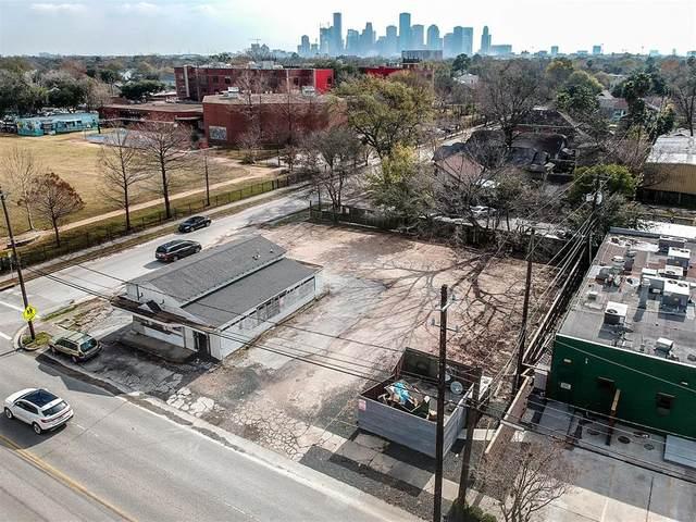 1132 E 11th Street, Houston, TX 77009 (MLS #51411192) :: The Sansone Group