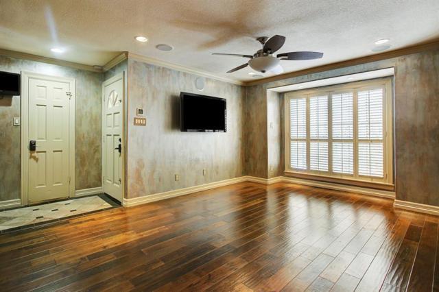 1311 Antoine Drive #236, Houston, TX 77055 (MLS #51437901) :: Krueger Real Estate