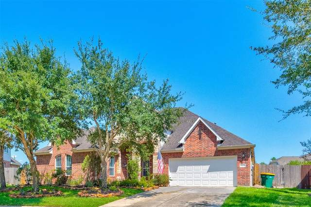 12203 Mossy Trail Court, Pearland, TX 77584 (MLS #51532871) :: Homemax Properties