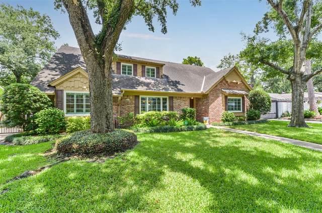 10038 Meadow Lake Lane, Houston, TX 77042 (MLS #51643766) :: The Bly Team