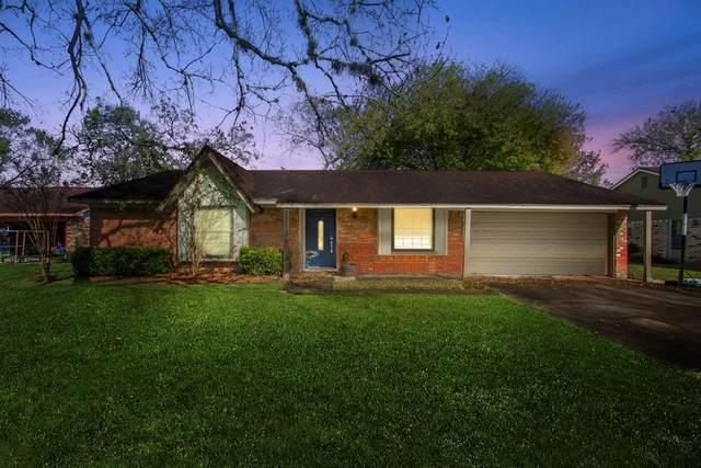 116 Tamarisk Trail, Lake Jackson, TX 77566 (MLS #51700428) :: Ellison Real Estate Team