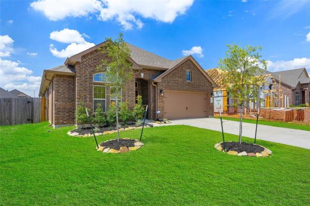2724 Kaman Lane, Pearland, TX 77581 (MLS #51705737) :: Caskey Realty