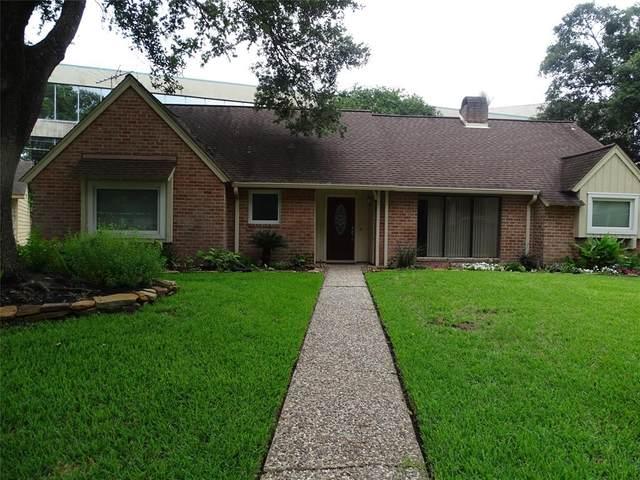 5803 Templegate Drive, Houston, TX 77066 (MLS #5175430) :: The Property Guys