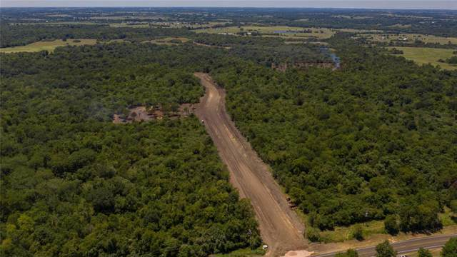 3 Woodland Farms Lane, Chappell Hill, TX 77426 (MLS #51841768) :: Giorgi Real Estate Group