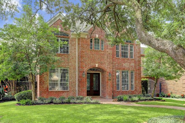 5201 Laurel Street, Bellaire, TX 77401 (MLS #51847201) :: The Johnson Team