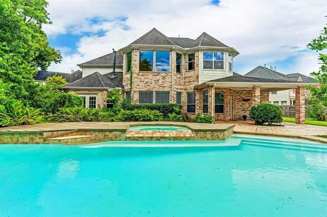 3923 Lakeridge Canyon Drive, Sugar Land, TX 77498 (MLS #51887635) :: Bay Area Elite Properties