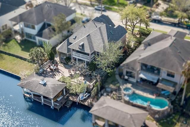 2546 Du Lac Trace, Seabrook, TX 77586 (MLS #51893984) :: Ellison Real Estate Team