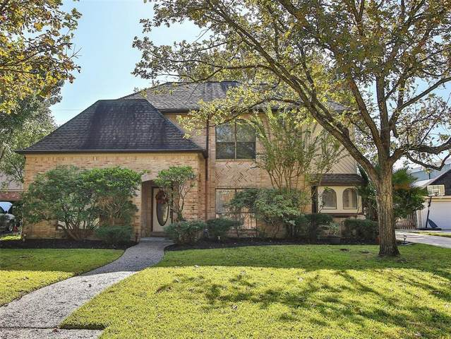 6211 Sandypine Drive, Spring, TX 77379 (MLS #51953303) :: The Freund Group