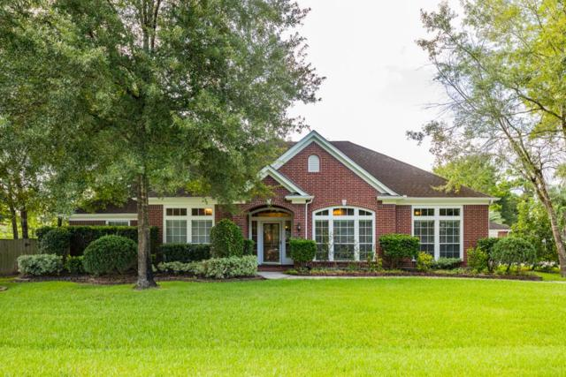 607 Forest Bend Lane, Friendswood, TX 77546 (MLS #51965424) :: REMAX Space Center - The Bly Team