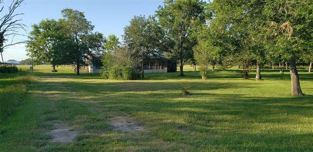 397 County Road 727A, Angleton, TX 77515 (MLS #52026470) :: The Heyl Group at Keller Williams