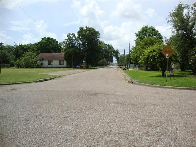 321 3rd Street N, Texas City, TX 77590 (MLS #52086471) :: The SOLD by George Team