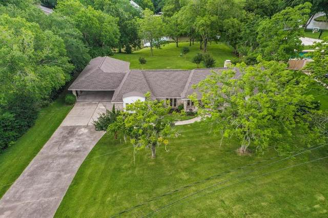 3023 Shady Lane, Webster, TX 77598 (MLS #5211134) :: The Queen Team