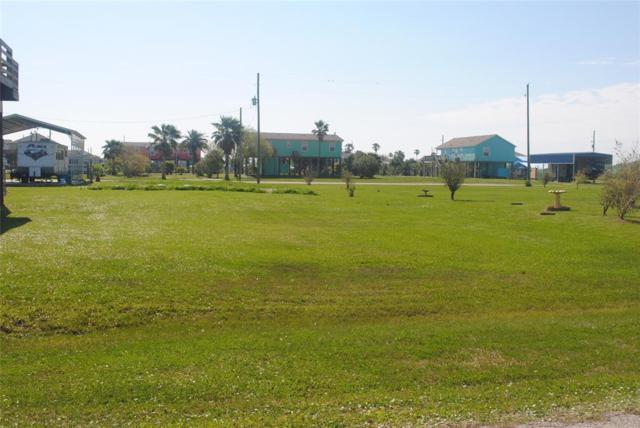 1988 Ave B, Crystal Beach, TX 77650 (MLS #52135390) :: Texas Home Shop Realty
