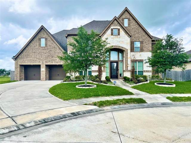 3444 Magnolia Shores Lane, Pearland, TX 77584 (MLS #52292776) :: The Bly Team