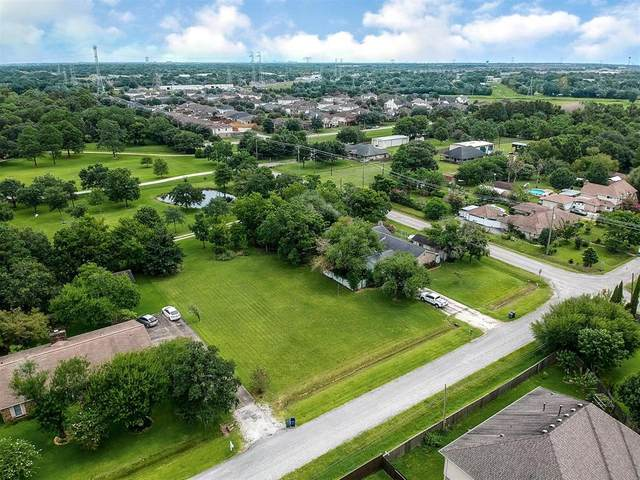 702 Orange Grove, League City, TX 77573 (MLS #52361139) :: Connell Team with Better Homes and Gardens, Gary Greene