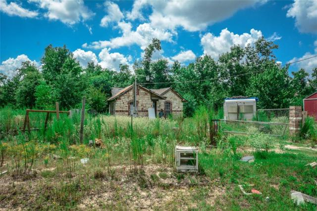 42 Road 3556, Cleveland, TX 77327 (MLS #52424883) :: Texas Home Shop Realty