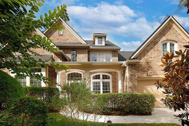 27 Caulfield Court, The Woodlands, TX 77382 (MLS #52467554) :: The Bly Team
