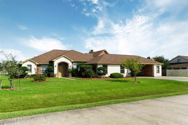 1907 Caroline Avenue, Cove, TX 77523 (MLS #52500532) :: Connell Team with Better Homes and Gardens, Gary Greene