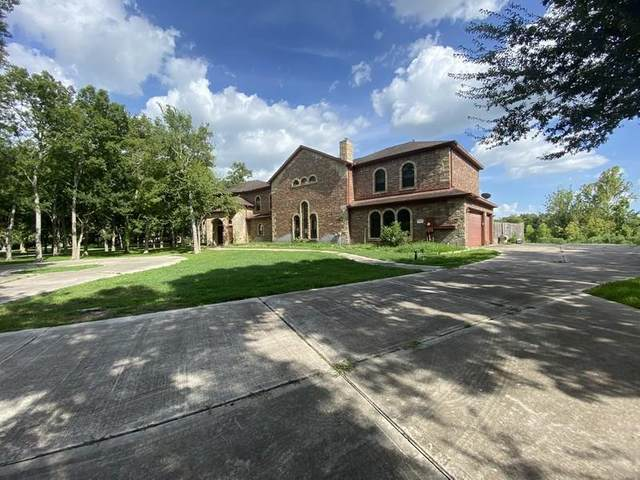 3207 Wellspring Lake Drive, Fulshear, TX 77441 (MLS #52562306) :: The Queen Team