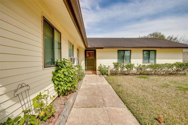 16707 Hibiscus Lane, Friendswood, TX 77546 (MLS #52604870) :: Texas Home Shop Realty