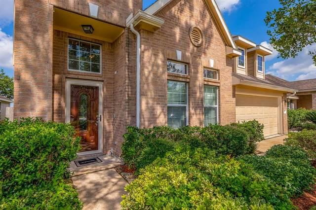 5616 Savannah Woods Lane, Rosharon, TX 77583 (MLS #52614431) :: Phyllis Foster Real Estate