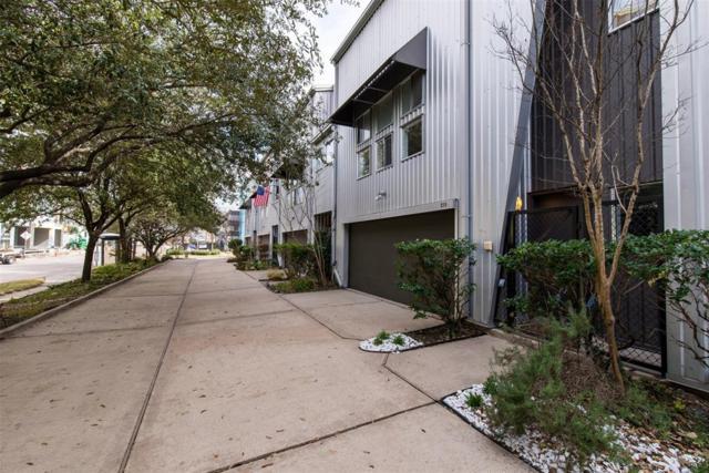 215 W Gray Street, Houston, TX 77019 (MLS #52670699) :: Giorgi Real Estate Group