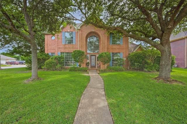 1806 Cloud Croft Drive, Friendswood, TX 77546 (MLS #52672214) :: Christy Buck Team
