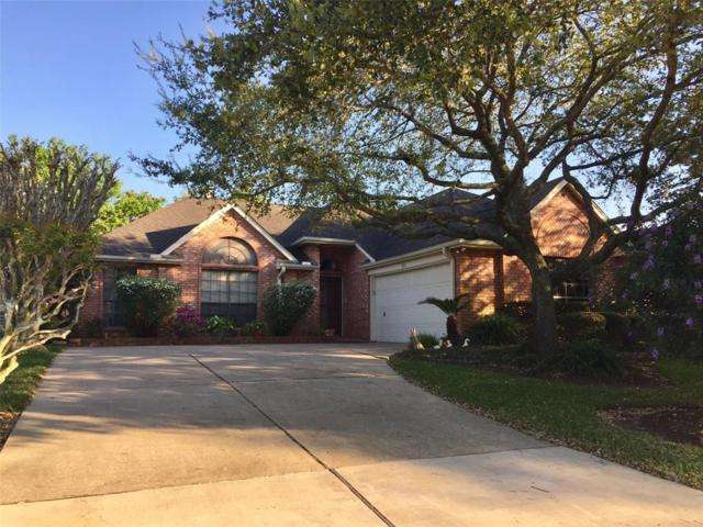 827 W Peach Hollow Circle, Pearland, TX 77584 (MLS #52710171) :: JL Realty Team at Coldwell Banker, United