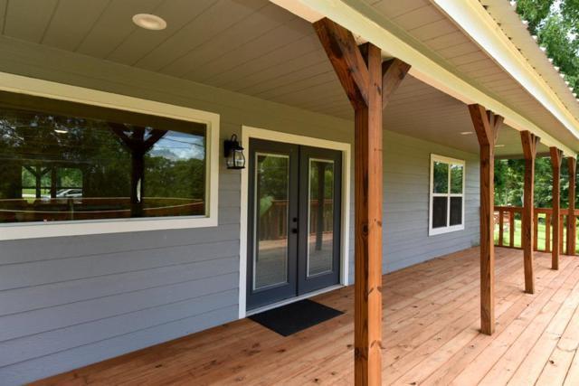 401 Lazy River Lane, Baytown, TX 77523 (MLS #52736383) :: Texas Home Shop Realty