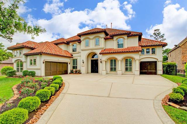2 Chivary Oaks Court, The Woodlands, TX 77382 (#52845994) :: ORO Realty
