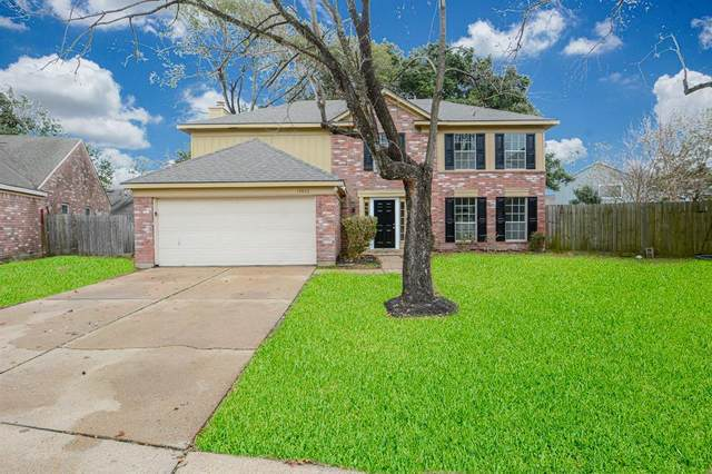 13822 Glade Hollow Drive, Houston, TX 77014 (MLS #52881223) :: Lerner Realty Solutions