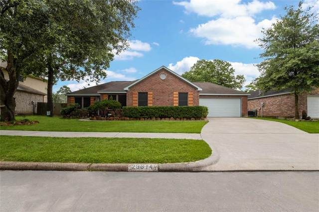 23614 Summer Pine Drive, Spring, TX 77373 (MLS #52886532) :: The SOLD by George Team