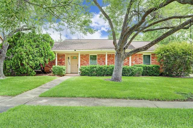 5702 Kuldell Drive, Houston, TX 77096 (MLS #52892022) :: The Queen Team