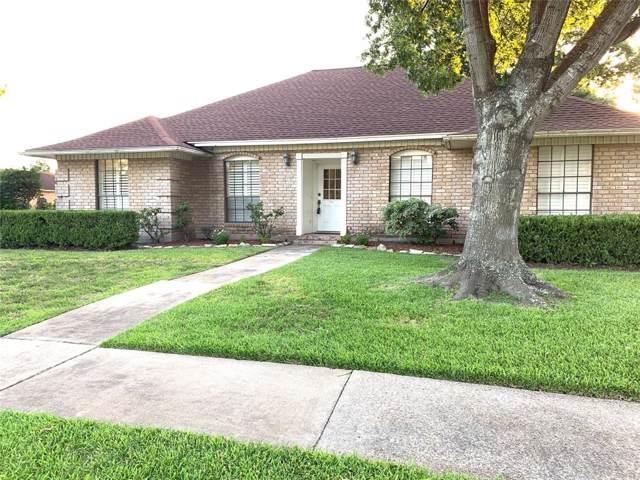 9222 Chesney Downs Drive, Houston, TX 77083 (MLS #52897383) :: NewHomePrograms.com LLC