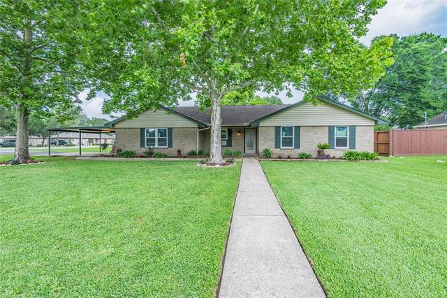 2531 Thelma Street, Pearland, TX 77581 (MLS #52904983) :: Connell Team with Better Homes and Gardens, Gary Greene