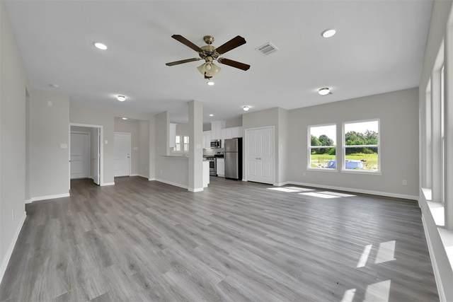 336 Road 5102 I, Cleveland, TX 77327 (MLS #52933288) :: Texas Home Shop Realty