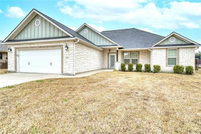 2107 Red River Drive, Bryan, TX 77802 (MLS #52947348) :: My BCS Home Real Estate Group