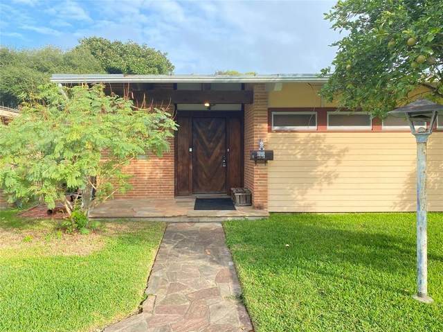 5322 Perry Avenue, Galveston, TX 77551 (MLS #53005246) :: The Freund Group