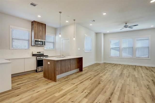 10209 Las Nubes Avenue, Houston, TX 77075 (MLS #53029881) :: The Property Guys