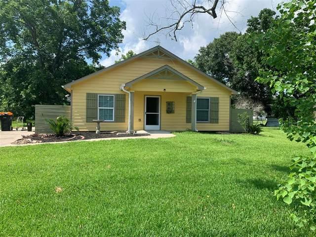 603 Davis Avenue, Anahuac, TX 77514 (MLS #53058204) :: NewHomePrograms.com