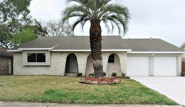 15839 Bougainvilla Lane, Friendswood, TX 77546 (MLS #53073425) :: CORE Realty