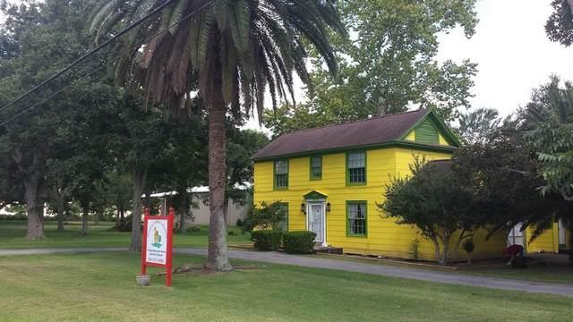 1475 E South Street, Alvin, TX 77511 (MLS #53090485) :: The Freund Group