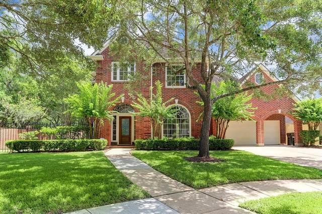4003 Oak Shadows Court, Sugar Land, TX 77479 (MLS #53094679) :: Phyllis Foster Real Estate
