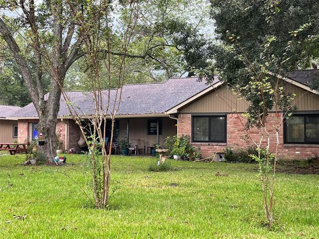 801 E Wilkins Street, Angleton, TX 77515 (MLS #53118380) :: Caskey Realty