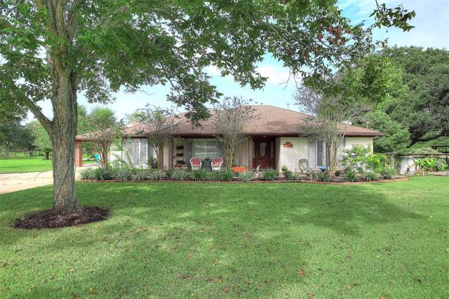 5405 Magnolia Parkway, Pearland, TX 77584 (MLS #53178640) :: The SOLD by George Team