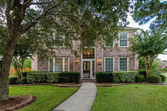 806 Mockingbird Lane, Friendswood, TX 77546 (MLS #53225451) :: Texas Home Shop Realty