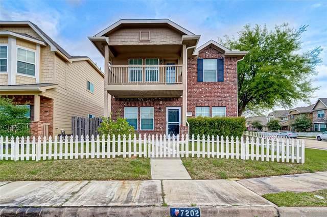 7202 Sunburst Meadow Drive, Houston, TX 77083 (MLS #53348188) :: The Sansone Group