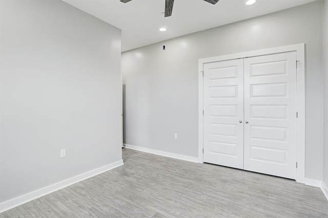 430 Schmidt Unit B4, Sealy, TX 77474 (MLS #53408108) :: My BCS Home Real Estate Group